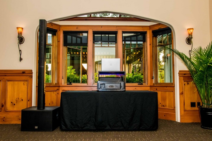 Bainbridge Island Wedding DJ Pro Sound System