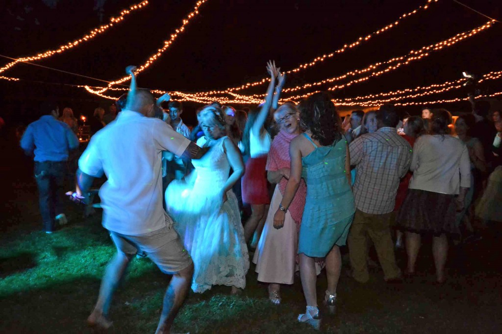 music masters dj wedding bainbridge island suquamish four weddings tlc outdoor offbeat cool alternative