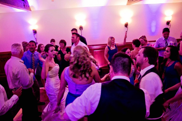 music masters dj wedding manor house bainbridge island