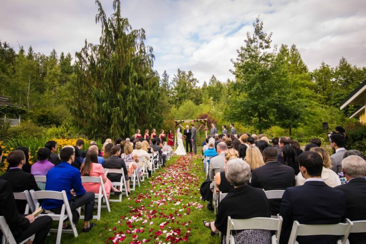Music Masters DJ's a wedding at Storybook Farm in Redmond, WA