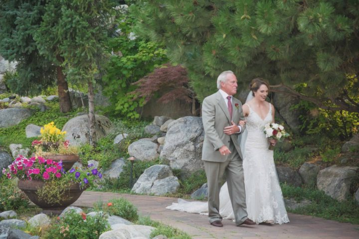 Music Masters DJ's a wedding at Tsillian Cellars in Lake Chelan